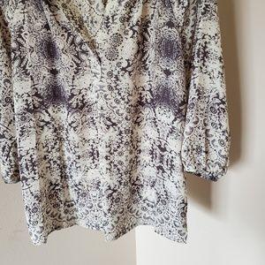 Violet & Claire Tops - Violet + Claire Patterned 3/4 Sleeve Blouse L